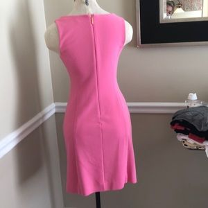 Lilly Pulitzer Dresses - Lilly Pulitzer pink dress with gold appliqué sz sm